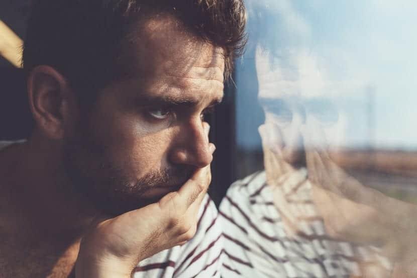 hombre en tratamiento para el trastorno esquizoafectivo