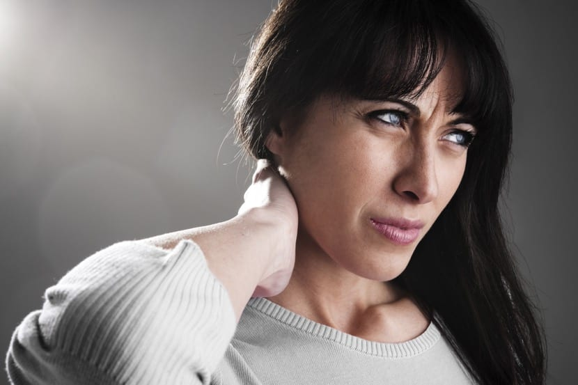mujer con fibromialgia