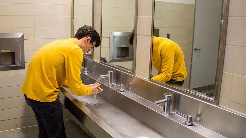 mania de lavarse las manos
