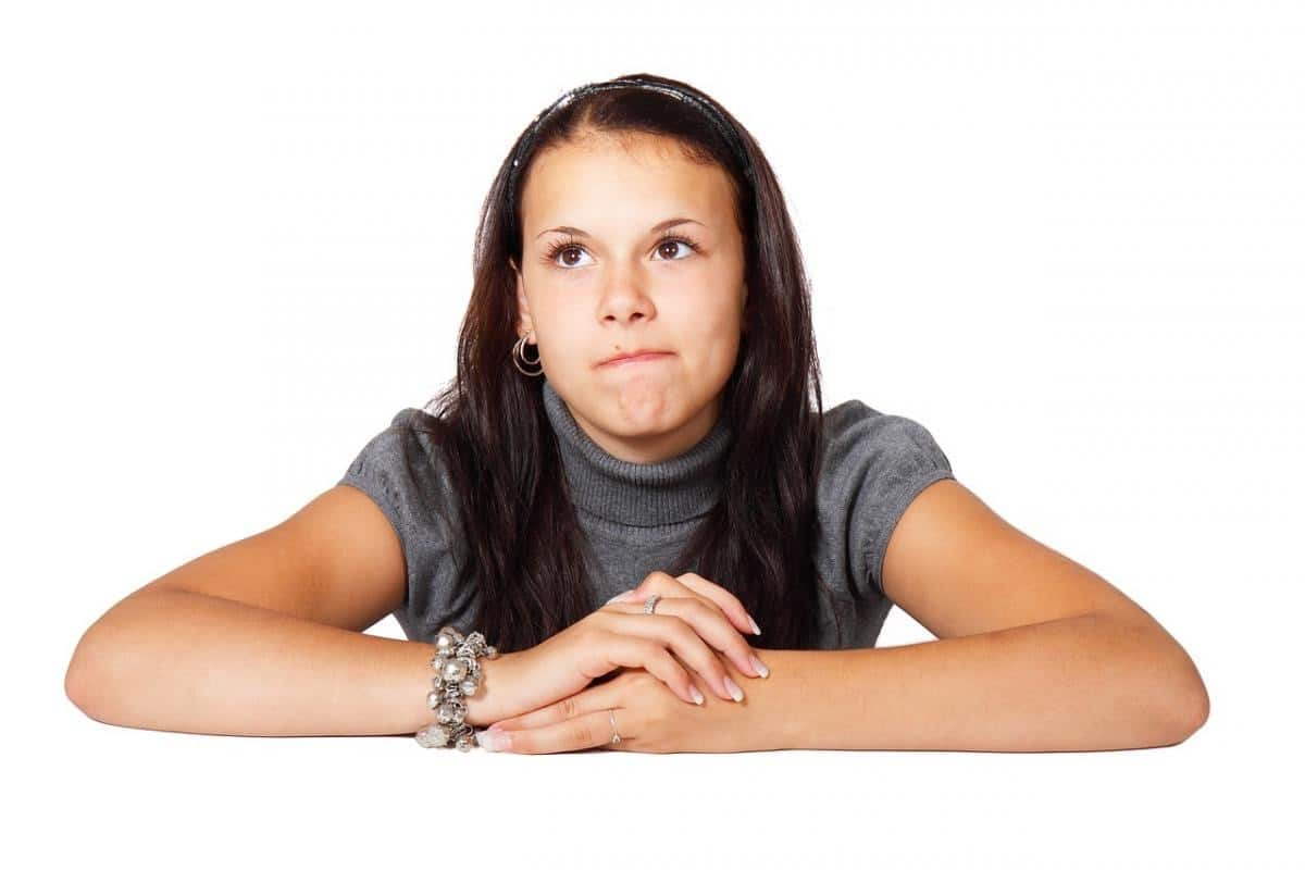adolescente con pensamiento concreto