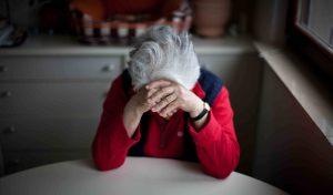 persona mayor con depresion