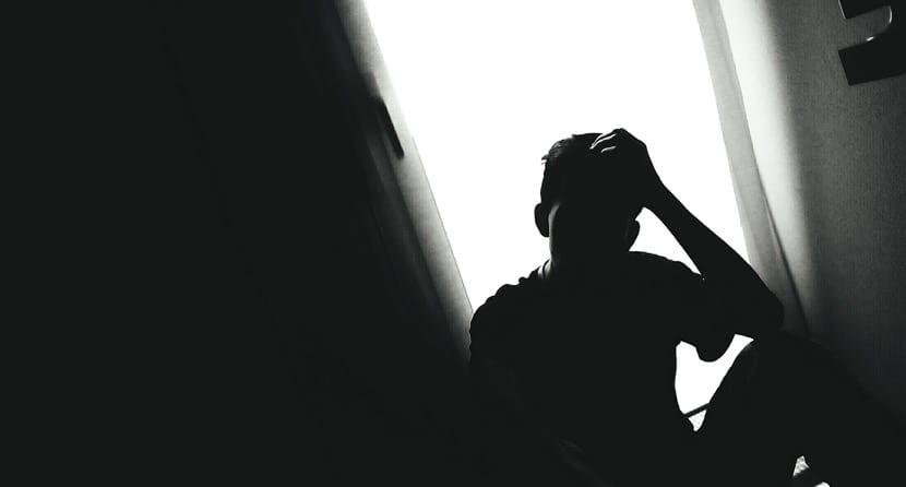 persona mal emocionalmente por trauma